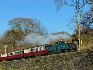 Earl of Merioneth approaching Boston Lodge