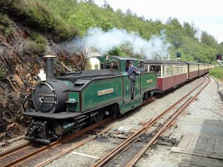 And the Earl of Merioneth heads down through Rhiw Goch